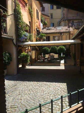 Hotel Santa Maria: Entrance