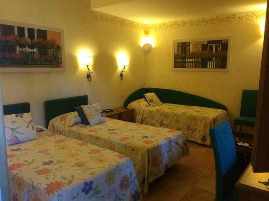 Hotel Santa Maria : Room (16, I believe?)