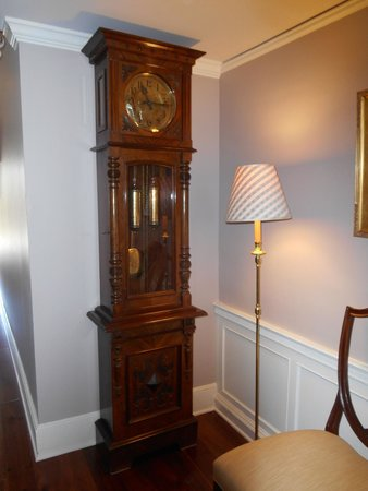 Inn by the Bandstand: grandfather clock