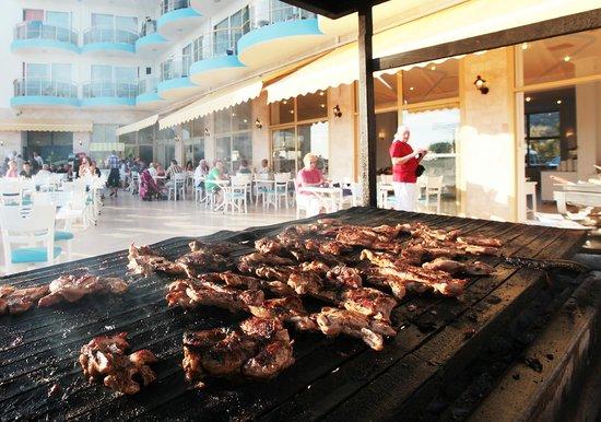 Arora Hotel: grill