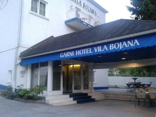 Garni Hotel Vila Bojana: Eingang