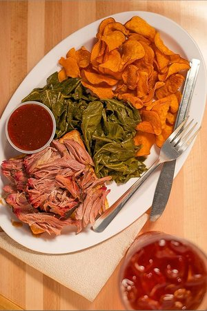 Archers BBQ: Pulled Pork Plate with Collard Greens & Sweet Potato Chips