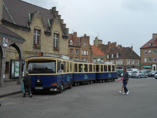 Bergues, Frankreich: the train