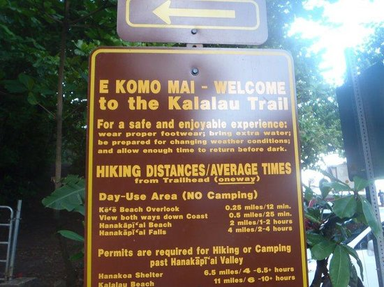 Kalalau Trail: Cartel con recomendaciones para el hiking en Kalalau