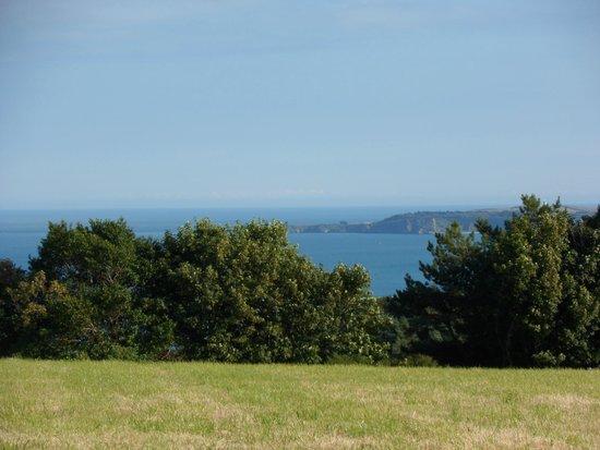 Trevayne Farm Caravan and Camping: Views over to Caldey Island