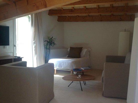 Hotel Torralbenc: living room