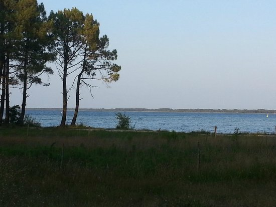 Hotel La Forestiere : A view of the nearby lakes