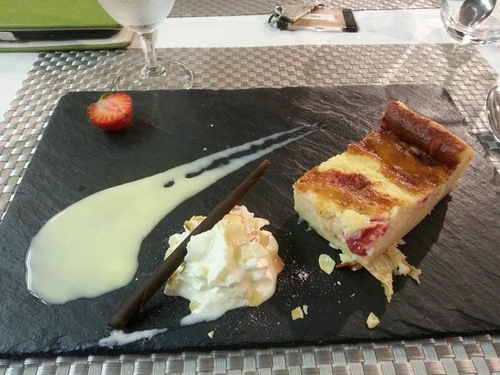 Hotel La Forestiere : one of the tasty desserts