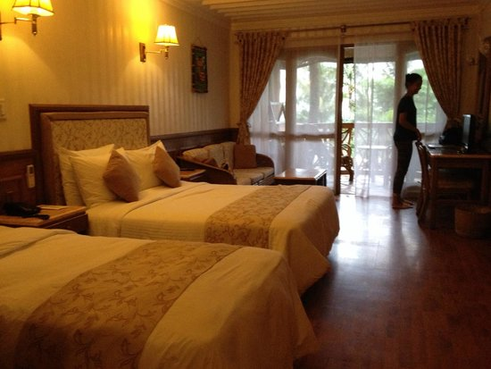 Red Coconut Beach Hotel : Clean and spacious room