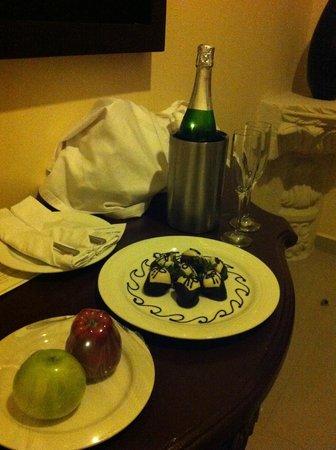 Gran Porto Resort: Delivered to room