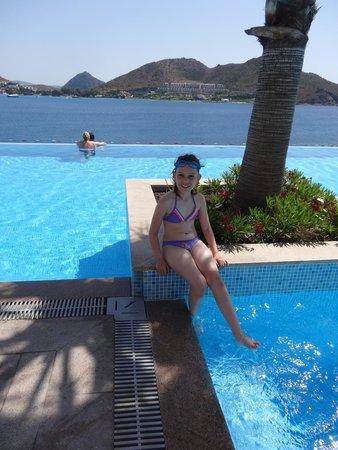Xanadu Island: PICSINE PRINCIPALE