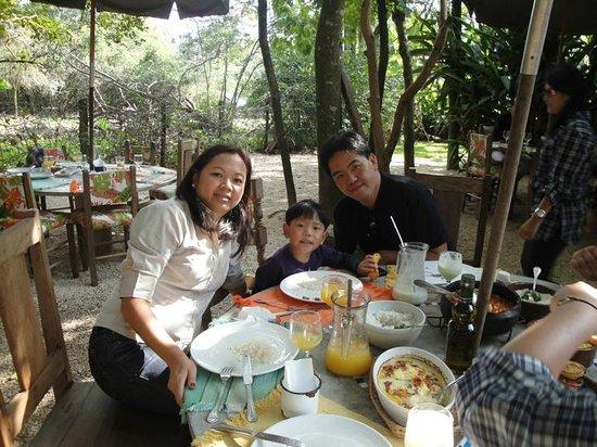 Estacao Marupiara: Familia