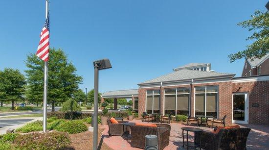 Hilton Garden Inn Macon / Mercer University: Great Outdoor Space