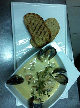 Vintage Brasserie & Winehouse: Best fish soup