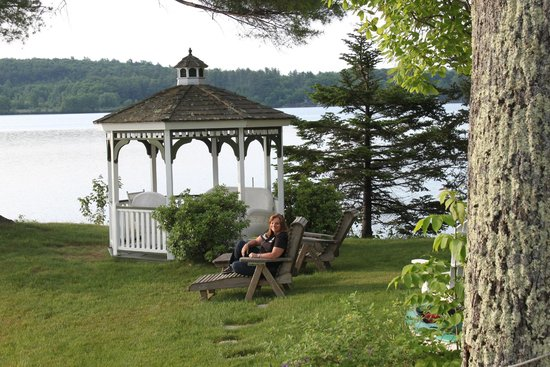 The Lake House at Ferry Point: relaxing with a morning coffee