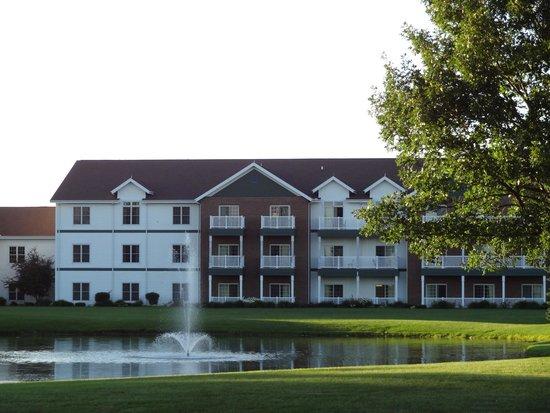 Essenhaus Inn & Conference Center : Hotel facade