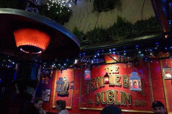 The Temple Bar: Biergarten mit Heizstrahlern