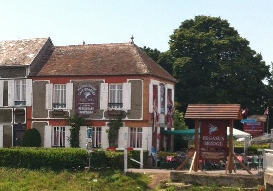 Cafe Gondree, Pegasus Bridge