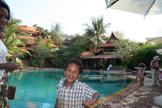 Veranda Natural Resort: Albert at the pool.