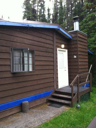 Sunwapta Falls Rocky Mountain Lodge: cosy cabin