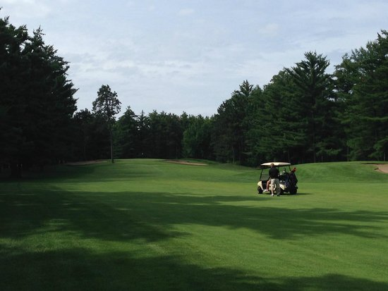Bull's Eye Country Club: #10 from the fairway