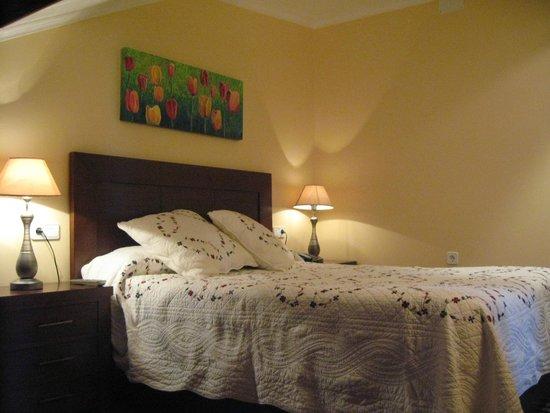 Hotel & Apartamentos Cons da Garda: Dormitorio de la suite