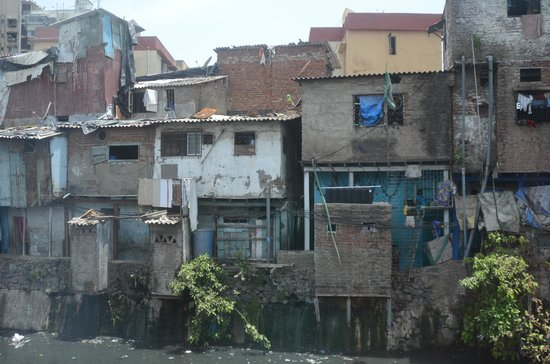 Reality Tours and Travel: On the fringes of Dharavi