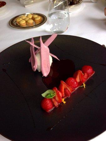 L'Assiette Champenoise : Variations autour de la fraise