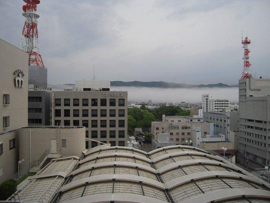 The Crown Plalace Hotel New Hankyu Kochi : 朝霧