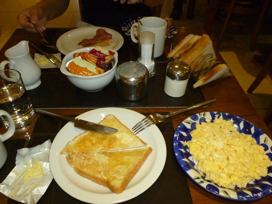 Queens Hotel: Breakfast is made to order