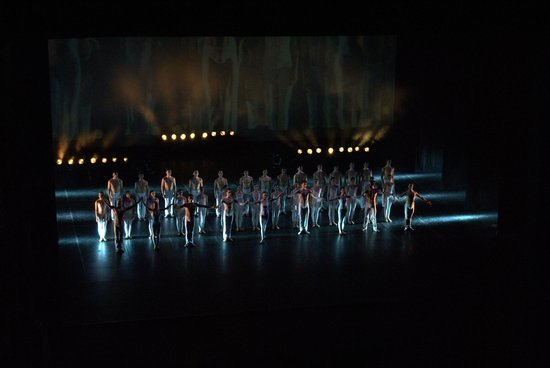 Scala de Milan (Teatro alla Scala) : serata Petit