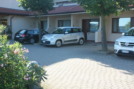 Relais sul Lago : The motel part of the hotel