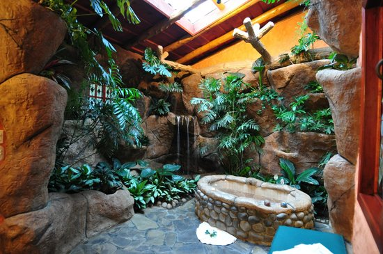 Peace Lodge: Bathroom