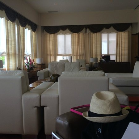 Excellence Playa Mujeres: Excellence Club - Great place to relax and check emails