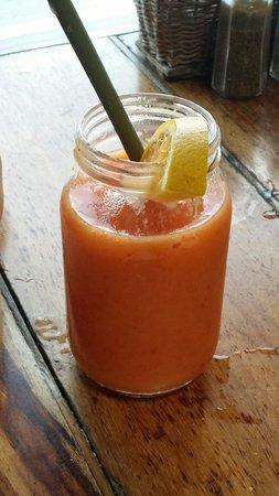 Fusion Bar & Restaurant : Mango something...