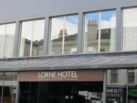 Lorne Hotel: Entrada principal