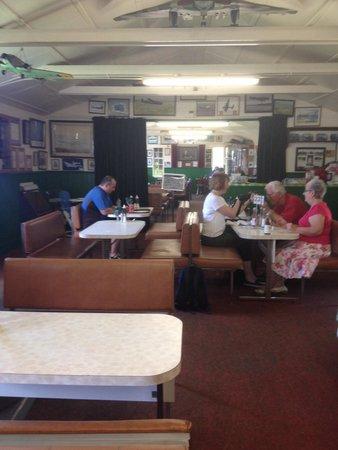 Lincolnshire Aviation Heritage Centre: Coffe shop