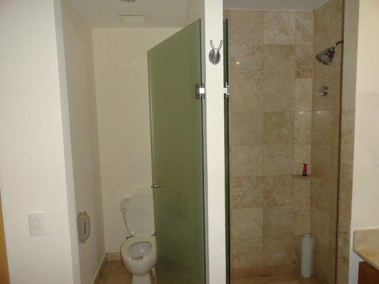 The Grand Mayan Nuevo Vallarta: Bathroom