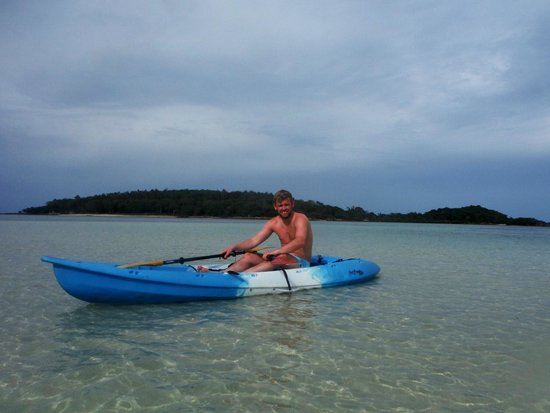 Amari Koh Samui: Kayaking on the hotel beach