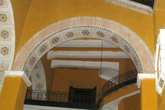 Iglesia de la Trinidad: Vistoso y hasta rococo