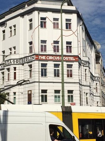 The Circus Hostel : ostello