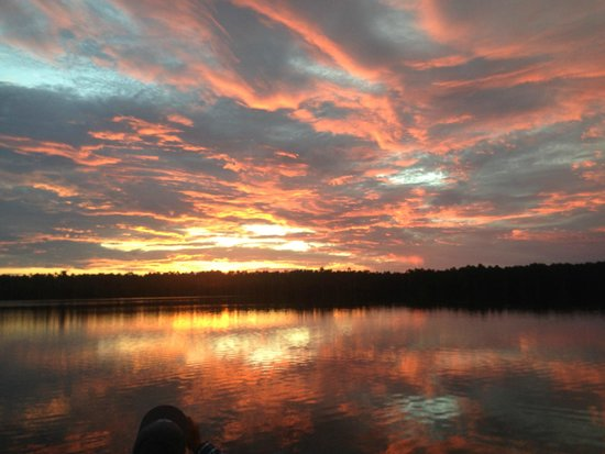 Sandoval Lake Lodge: sunset