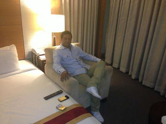 Rose View Hotel : KASRU MIAH