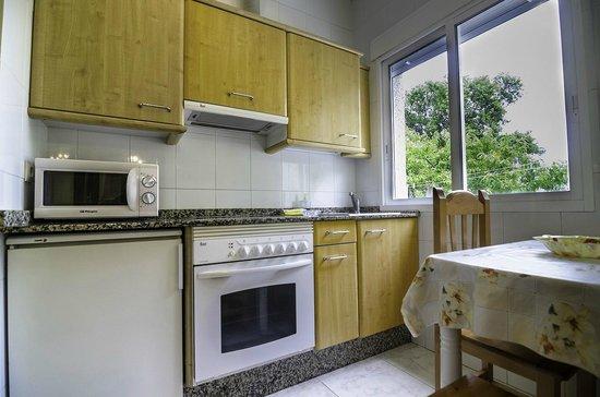 Hotel & Apartamentos Cons da Garda: Cocina apartamentos