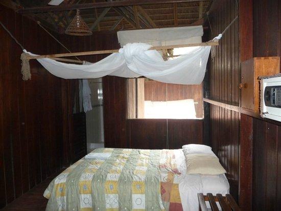 Sandoval Lake Lodge : Our room