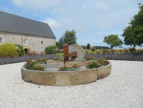Domaine de la Ranconniere et de Mathan : The entrance