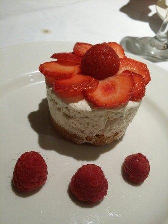 Pierre's: Cheesecake
