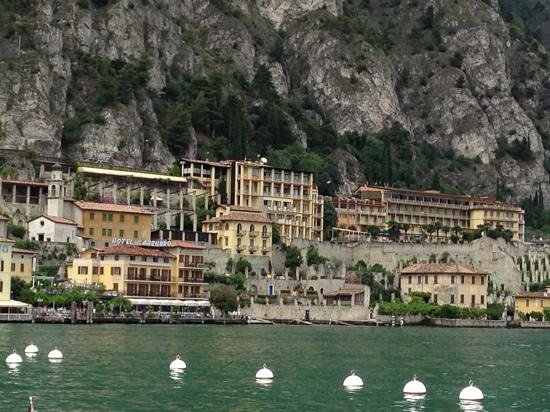Hotel all`Azzurro: hotel from lake