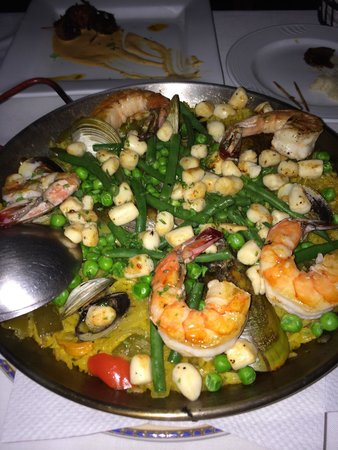 Barcelona Tapas: Best paella ever! Better than what I had in Spain.
