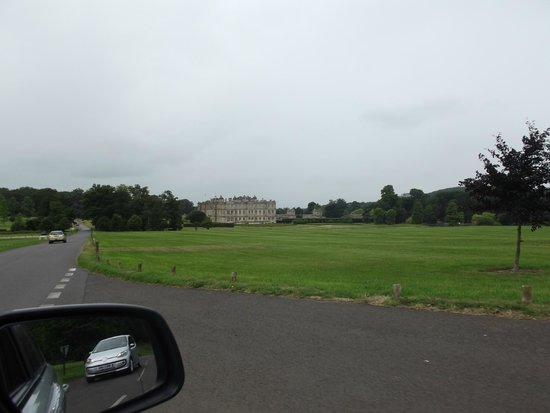 Longleat: The drive down to the House